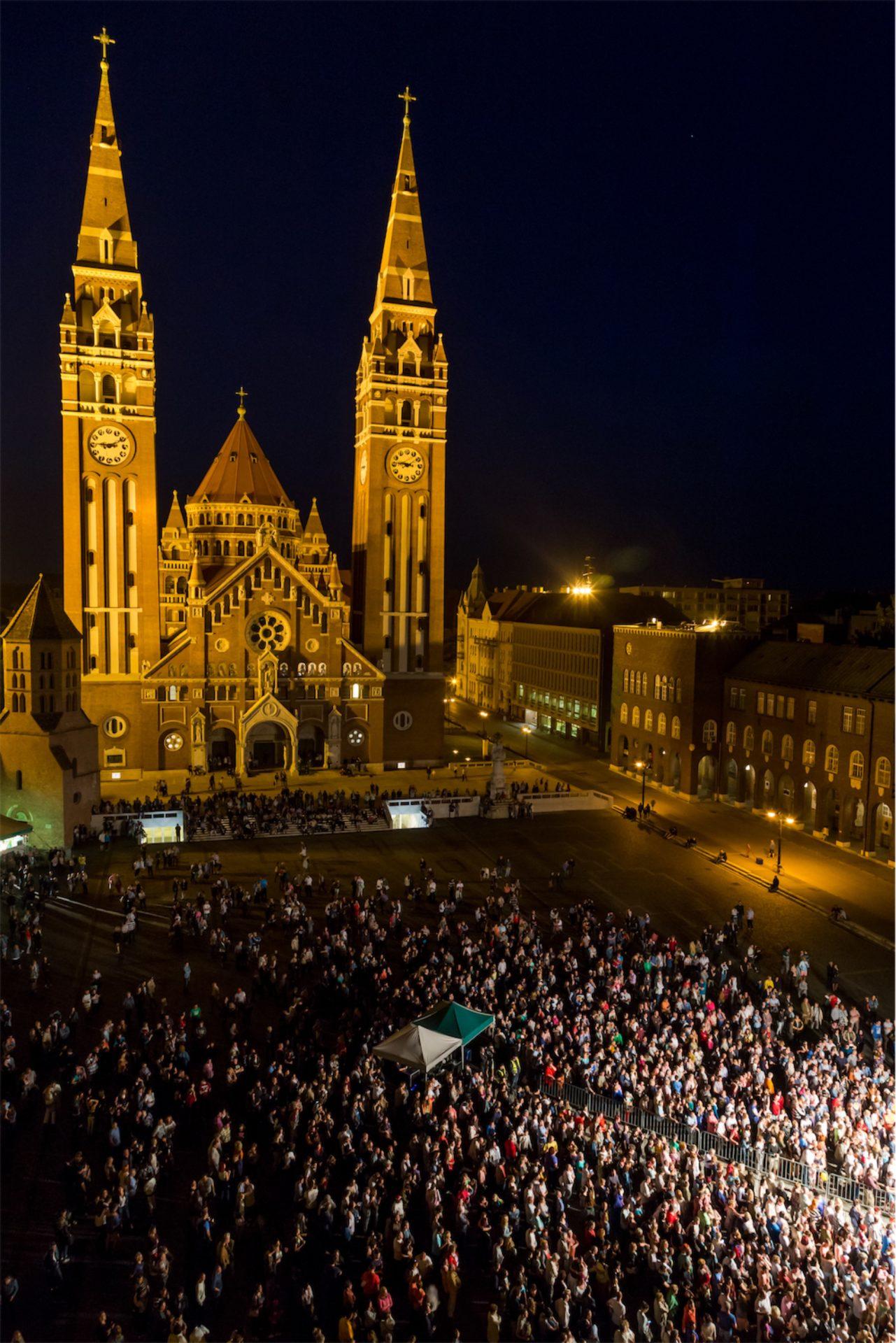 Szeretünk, Szeged!