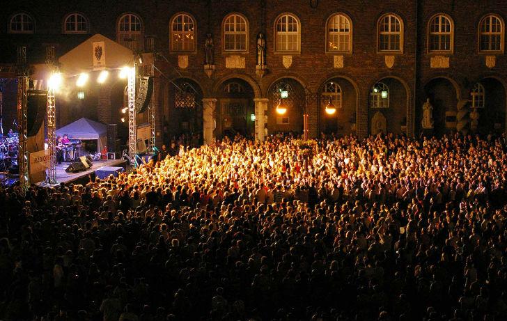 Szeged Napi Tűzijáték a Dóm Téren