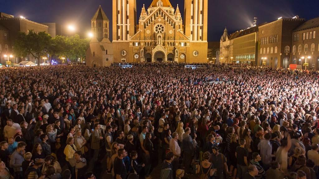 Ocho Macho nagykoncert és ünnepi tűzijáték ma este!