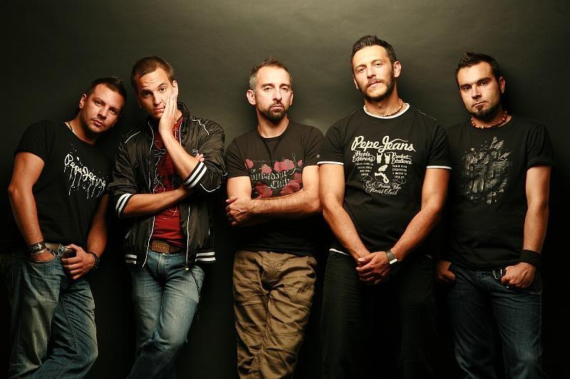 Új fellépők a Borfesztiválon: Radics Gigi, Belmondo, Tolvai Reni és még sokan mások!