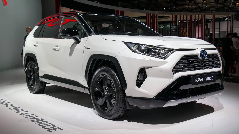 Lexus és Toyota csodák a Dóm Téri Kavalkádon